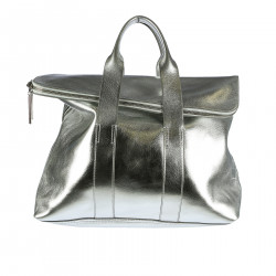MEATLLIZED SILVER HAND BAG