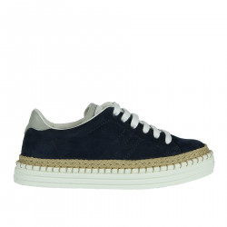 BLUE SUEDE SNEAKER WITH STRAW INSERTS