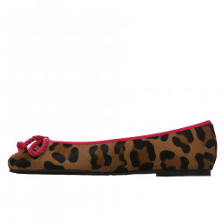SPOTTED LEATHER FLAT WITH FUCHSIA PROFILES