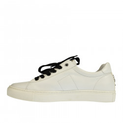 WHITE SNEAKER WHITH ENGLAND FLAG