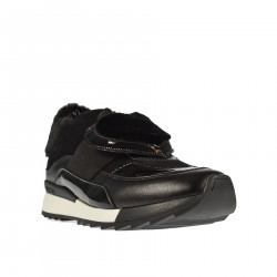 BLACK SNEAKER WITH ECO FUR INSERT
