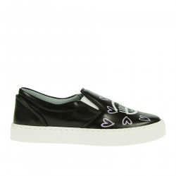 BLACK SLIP ON WITH HEARTS FANTASY