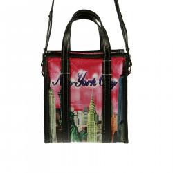 NEW YORK CITY PINK SHOULDER BAG