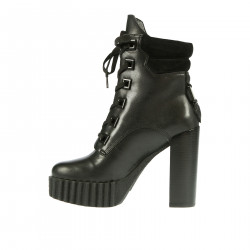 BLACK LEATHER AND SUEDE ANKLE BOOT