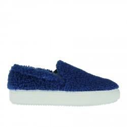 BLUE SHEEPSKIN TOFFEE SLIP ON