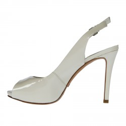 WHITE PATENT LEATHER SANDALS