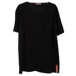 BLACK T SHIRT WITH BREAST POCKET