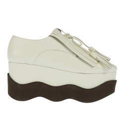 WHITE LACE UP SHOE WITH HEEL
