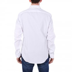 WHITE SHIRT NECK POIS