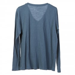 BLUE SWEATER WITH LONG SLEEVES