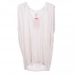 WHITE TOP WITH ROUND NECK