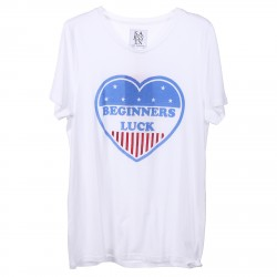 WHITE T SHIRT WITH HEART PRINTED