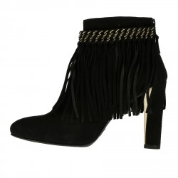 BLACK ANKLE BOOT WITH FRINGE