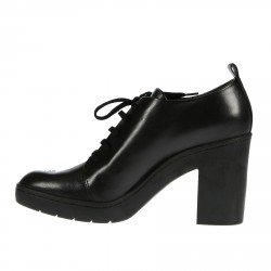 BLACK LEATHER UNKLE BOOT