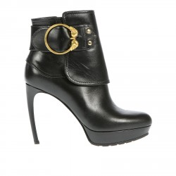 BLACK HANKLE BOOTS WITH STRAP