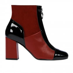 RED AND BLACK LOW BOOT WITH ZIPPER