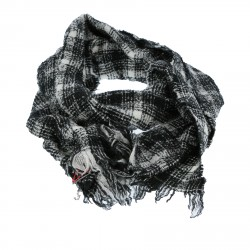 BLACK AND WHITE FANTSY WOOL SCARF