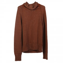 BROWN SWEATER WITH HIGH NECK