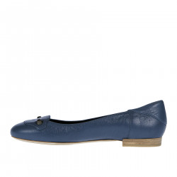 BLUE LEATHER FLAT WITH STUDS