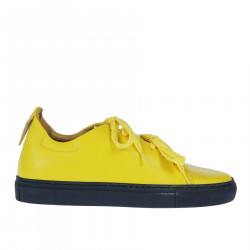 YELLOW LEATHER SNEAKER WITH CONTRSTING SOLE