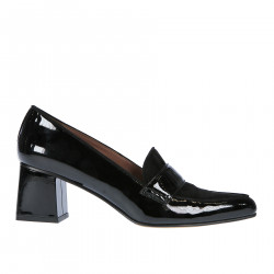 BLACK SUEDE AND PATENT LEATHER LOAFER WITH HEEL