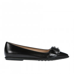 POINTED FLAT SHOE WITH BUCKLE