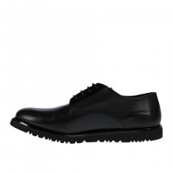 BLACK LEATHER LACE SHOE WITH PATENT LEATHER DETAILS