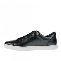 BLACK PEARLED LEATHER SNEAKER