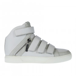WHITE LEATHER WITH ZIP AND VELCRO