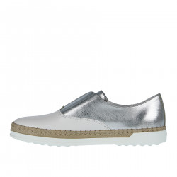 WHITE AND SILVER LEATHER SLIP ON WITH RAFFIA INSERT