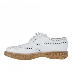 WHITE WINGTIP LACE UP