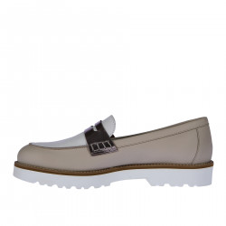 WHITE AND BEIGE LEATHER LOAFER