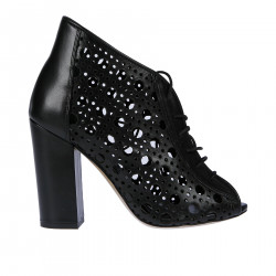 BLACK PERFORATED ANKLE BOOT