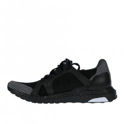BLACK SNEAKER ULTRABOOST MODEL