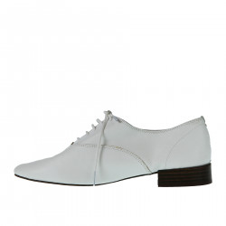 WHITE LEATHER LACE UP