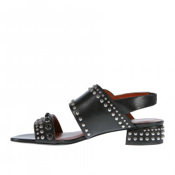 LEATHER SANDAL WITH STUDS