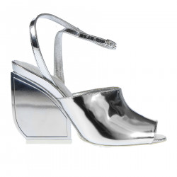 MIRROR EFFECT LEATHER SANDAL