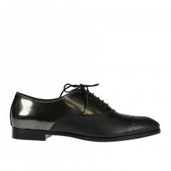 BLACK AND GOLD PERFORATED LACEUP SHOE