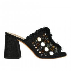 BLACK SANDAL WITH FLAT STUDS