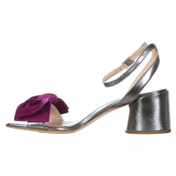 SILVER SANDAL WITH VIOLET BOW