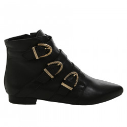 BLACK BOOT WITH TRIPLE BUCKLE