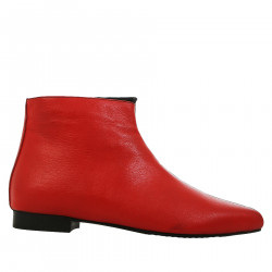BLACK AND RED LOW BOOT