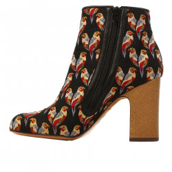 ISHY BLACK ANKLE BOOT