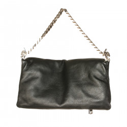 BLACK POCHETTE WITH CHAINS
