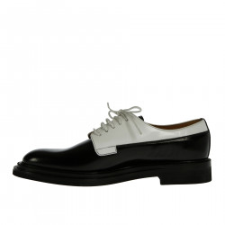 BLACK AND WITHE LACE UP SHOE