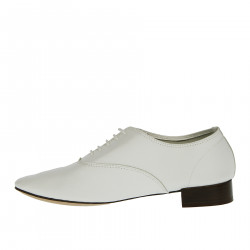 WHITE LEATHER LACE UP SHOE