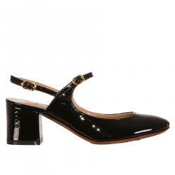 BLACK PATENT LEATHER CHANEL