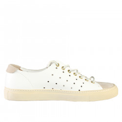 WHITE PERFORATED LACE UP SHOE