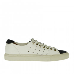 SNEAKER IN PELLE TRAFORATE