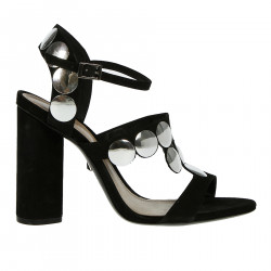 BLACK SANDAL WITH APLICATIONS